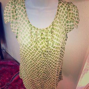 Banana Republic size Small green blouse